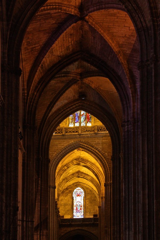 Beautiful arches, alternating between dark and light.