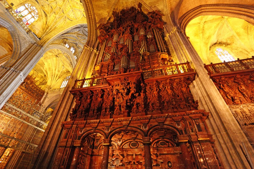 The huge organ of the cathedral. Performances are still being conducted here.