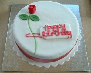608933_rose_birthday_cake