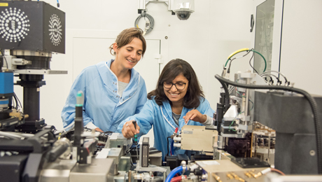 European synchrotron: melting pot for international students