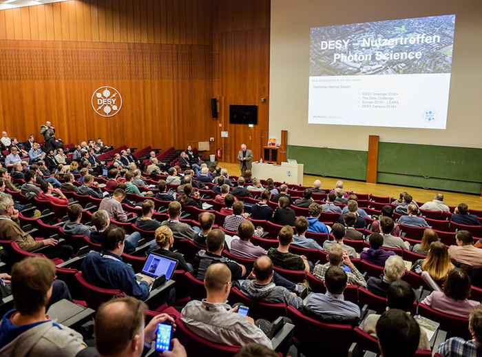 1200 participants at annual users' meeting