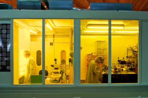 Beamline XIL-II and laboratory for micro- and nanotechnology at the Swiss Light Source (Credit: SLS)
