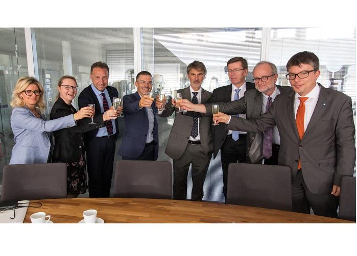 Italy now European XFEL shareholder