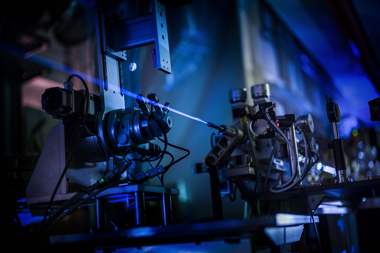 Capturing the strongest X-ray beam on Earth
