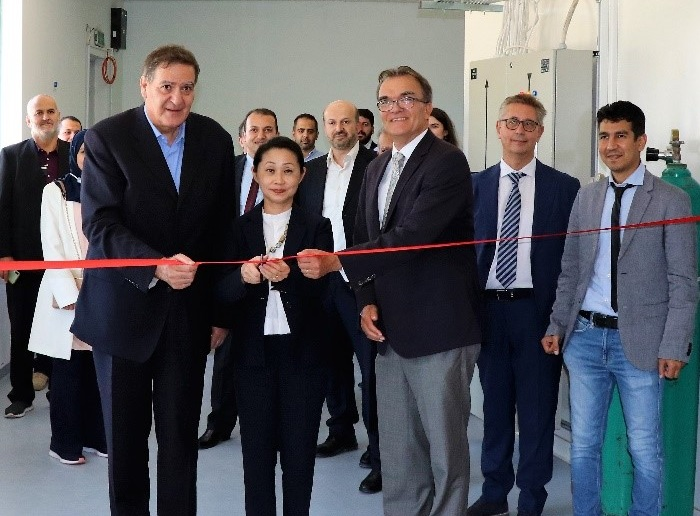 The Middle East synchrotron officially opens MS beamline