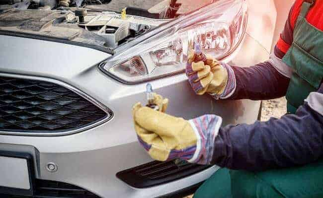 How To Find Out Right Headlight Bulbs For Your Vehicle