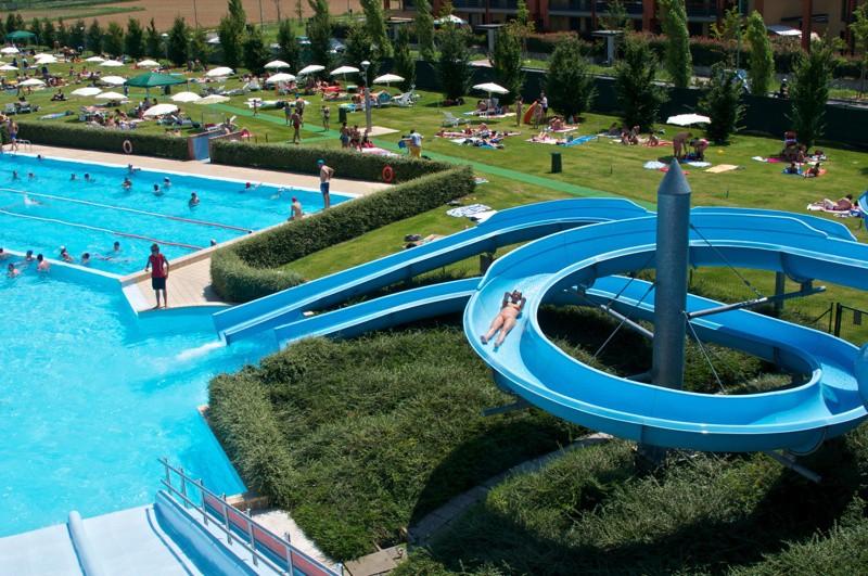 Stezzano e la telenovela piscine Tariffe bloccate fino a