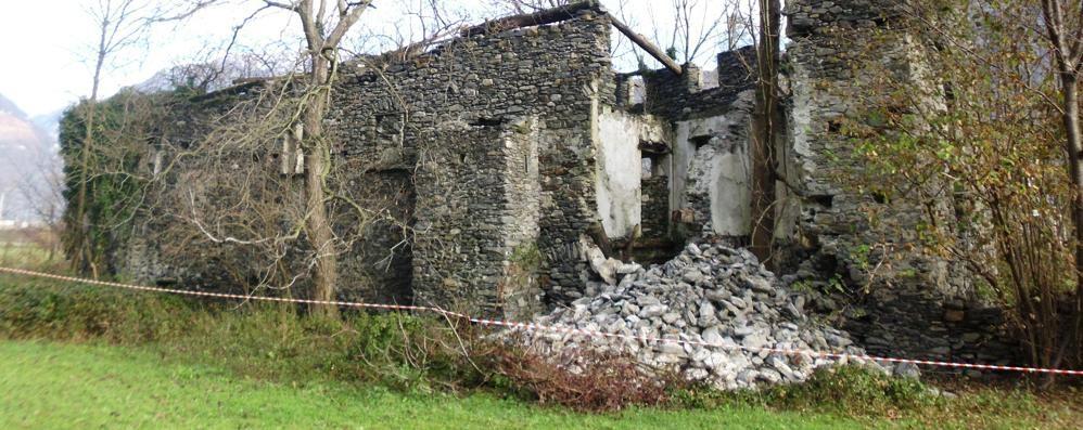 Crolla l'antica torre di Gordona «L'unica fattoria fortificata in valle» - LaProvincia.it/SONDRIO - Cronaca. Gordona