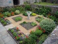 8b-Lambert's Garden