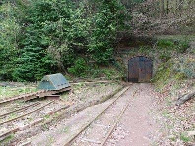 Lea Bailey Light Rlwy_1-Mine entrance
