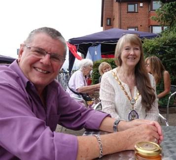 1-Past Mayor John Winterton and Mayor Valerie White
