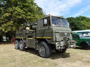 11-Foden recovery vehicle