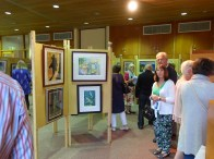 6-Gallery viewing