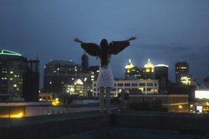 翼をひろげて飛び立つ by エンジェリックガイド