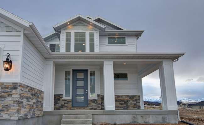Front Porch Lightyear Homes Utah Custom Home Builder
