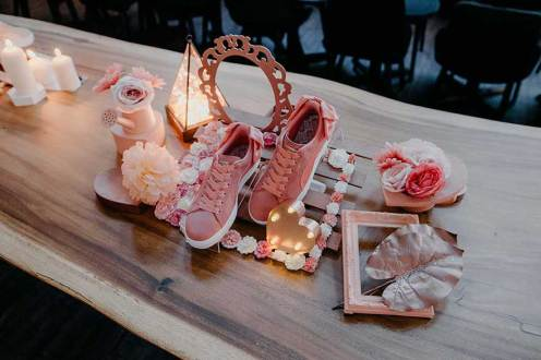 PUMA held a Galentine's Day sit-down dinner for about 40 female influencers and members of the media to launch its Suede Bow shoe. Programming included ice-breaker games, on-site sneaker customisation and a pale discussion by ladies in leadership including Sylvia Chan (NOC), Adele Chan (Nylon), Rachel Lim (Love Bonito), Pat Law (Goodstuph) and actress Dawn Yeoh. Event by Straat XP (also part of Words Worth Media)