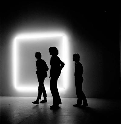 Douglas Wheeler - Light Incasement, 1971 Néons, Plexiglas 233 × 233 cm Aix-la-Chapelle, Collection Ludwig, Ludwig Forum für Internationale Kunst © Photo Stedelijk Museum Amsterdam
