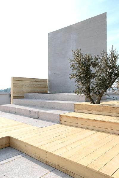 Le Monument, 2013 - Artiste Xavier Veilhan - Architectones, Unité d'habitation, Cité Radieuse, MAMO, Marseille, France - Photo Vincent Laganier