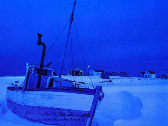 Blue hour - boat can begin to move, just like whale skeletons can begin to swim - Photo Erik Selmer