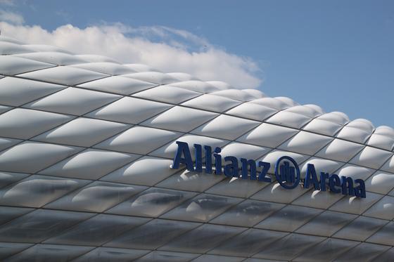 Allianz-Arena-Munich,-Allemagne---Architectes-Herzog-&-de-Meuron---Photo-Vincent-Laganier