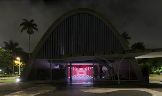 Onion skin, église Sao Francisco de Asis - architecte Oscar Niemeyer - Eletronika festival, Belo Horizonte, Brazil, 30 novembre 2014 - Photo 4 Olivier Ratsi