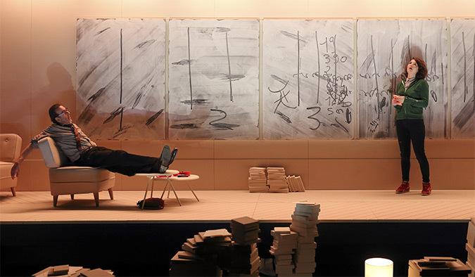 La Leçon de Eugène Ionesco avec Robin Renucci et Jeanne Brouaye, Mise en scène : Christian Schiaretti, TNP - Photo : Michel Cavalca