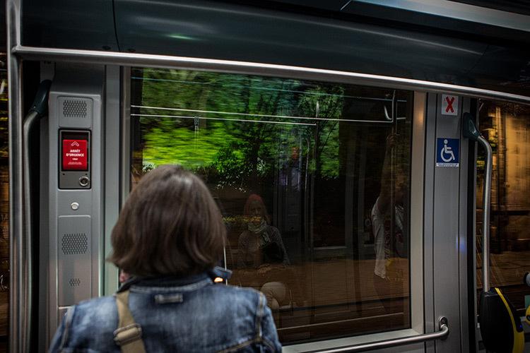 TRAJET video Olivier Crouzel, Dans-le-tram-ME2A1263-Web
