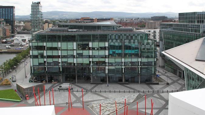 Depuis la terrasse de Hotel The Marker, Dublin - Architectes MDO - 1 Grand Canal Square, Dublin, Irlande - Architectes : DMOD - Ingénieurs : BDA - Photo : Vincent Laganier