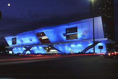 19-Extension du Palais des Congrès de Paris, Paris - Architectes Christian de Portzamparc, Michel Maurice - Concepteur lumière Michel Pieroni, Aartill - Photo Nicolas Borel