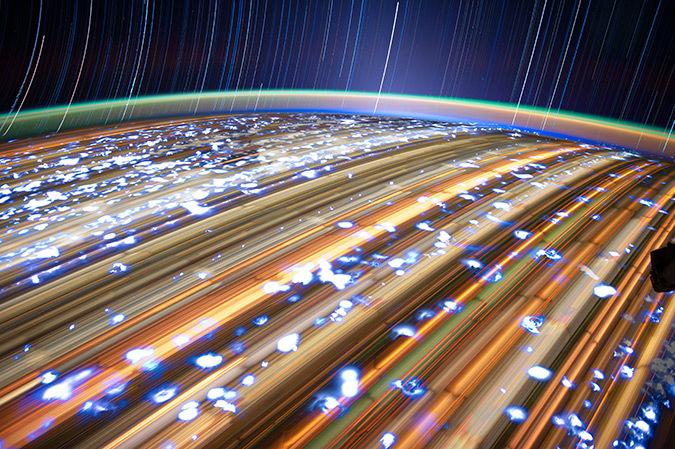 Lumière de la Terre vue de la station ISS - Photo : NASA, JSC
