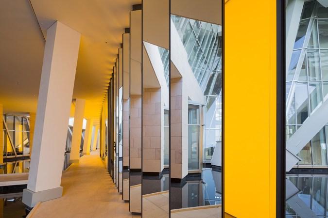 Olafur Eliasson, Inside the horizon, 2014 - Fondation Louis Vuitton, Paris, France - Photo : Iwan Baan