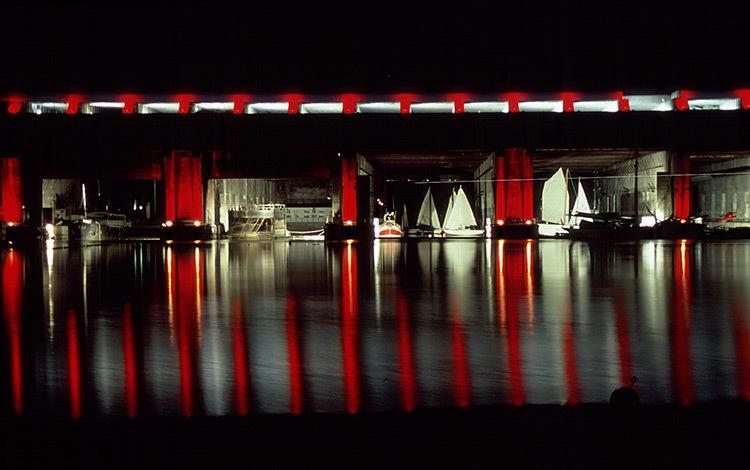 Bordeaux, base sous-marine - Conception lumière : Jean de Giacinto - Photo : Vincent Laganier