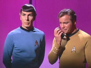 il Capitano Kirk con Spock
