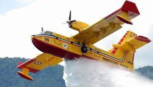 canadair-anti-incendio-aereo
