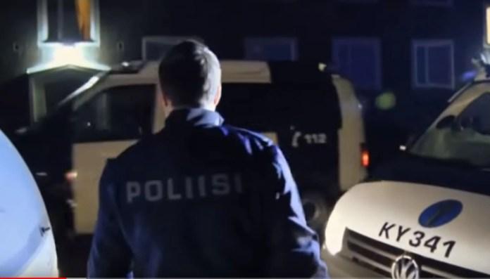 Umbkeelsed roolijoodikud Eestist