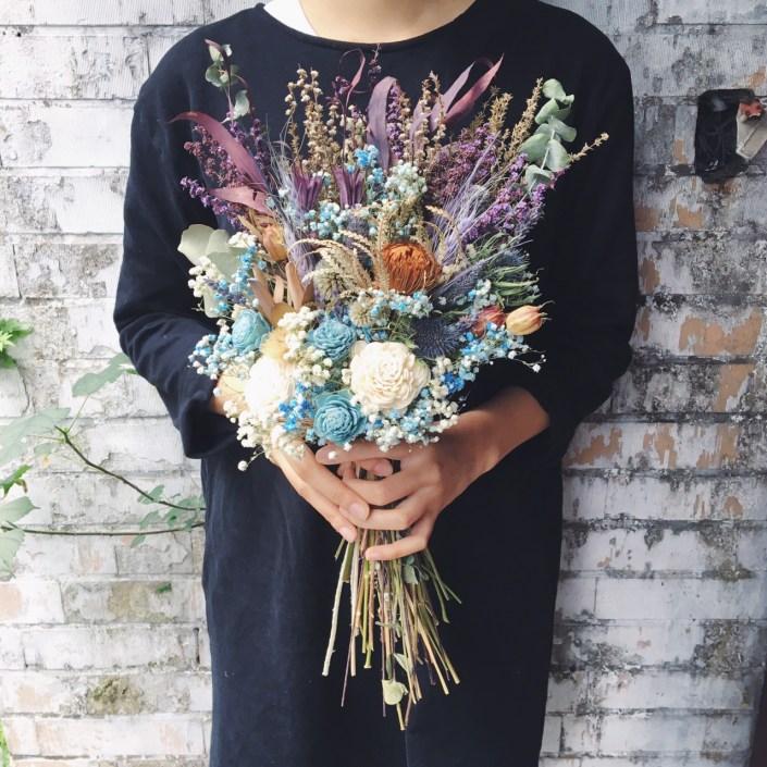 韓式長型手綁乾燥捧花-隨興自然藍