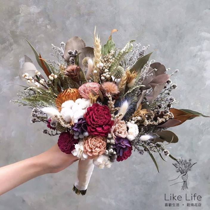 韓式長型手綁捧花-自然紅粉