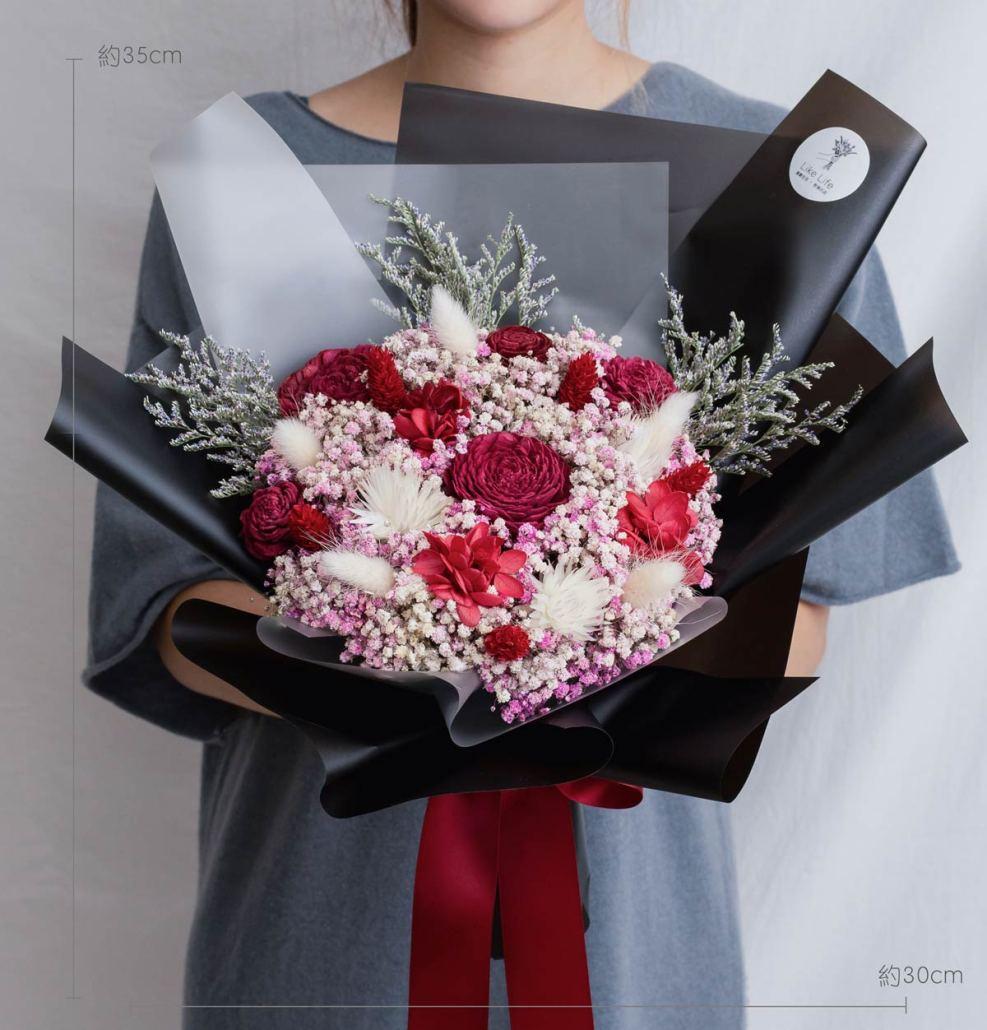 求婚乾燥花束推薦,台北求婚玫瑰乾燥花束黑紅色,喜歡生活乾燥花店公分