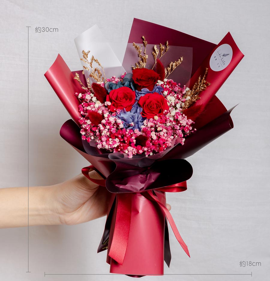 永生花束紅色,情人節花束,紅色永生花束,中型永生花束公分,永生花束紅色,台北永生花束推薦,喜歡生活乾燥花店