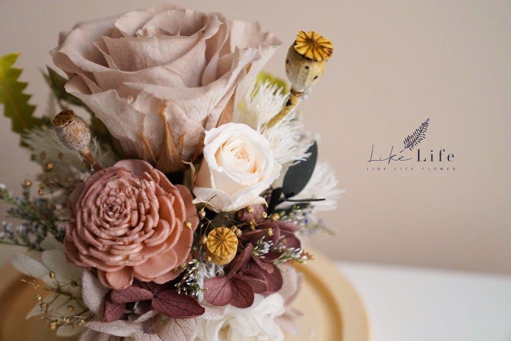 永生花玻璃罩課程奶茶色,花藝教學,花藝課程,永生玫瑰花特寫