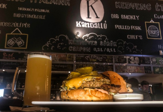 kandallo craft beer bar