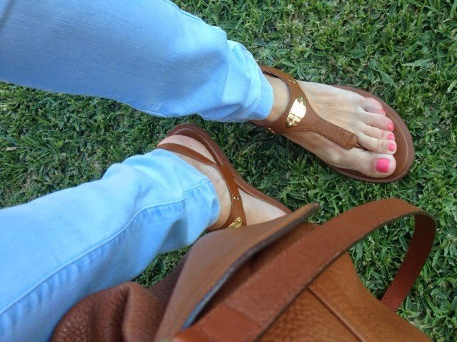 Love Clothes Holiday Sandals And Do Thong Like Plate New Kors Michael 9YeE2WDHI