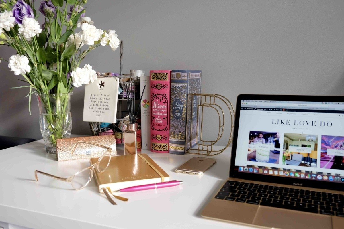 Gold and Pink desk personalised space kylie minogue glasses