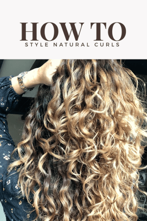 top curly hair tips for helping natural curls and waves spring back to life. How to style naturally curly hair can be easy when you know how. But many people do not know how to treat natural curls and some people want to promote a natural wave but use the wrong products. These top25 Ways on how to style Naturally Curly Hair Without Heat Styling Toolsshould help you learn how to style your hair.