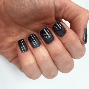 geometric nail art v