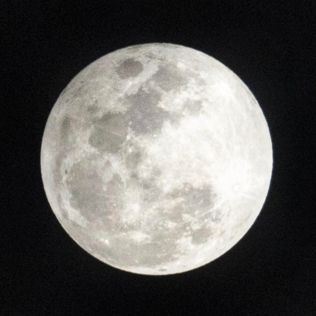 Did you catch last nights Snow Moon lunar eclipse? Ithellip