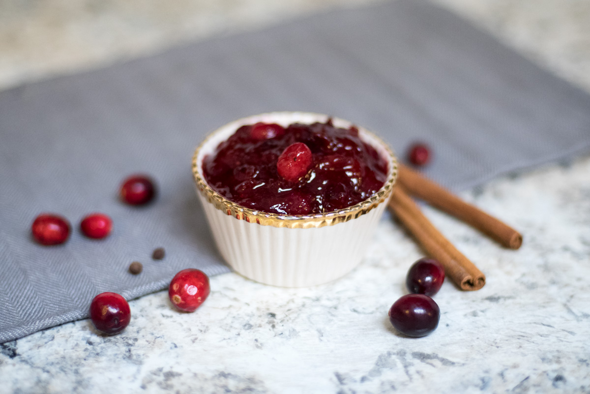 paleo thanksgiving cranberry sauce