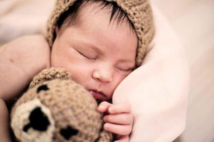 Conseils et astuces pour un bon début et démarrage d'allaitement. Équipement pour les seins en prévention des difficultés et douleurs de l'allaitement. démarrage allaitement