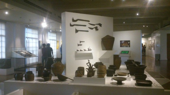 Philippine wooden and clay artifacts