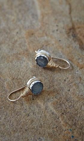 Lux_Earrings_003__13229_std
